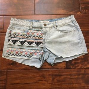 r.jeans from rubbish Embroidered Denim Shorts NWT